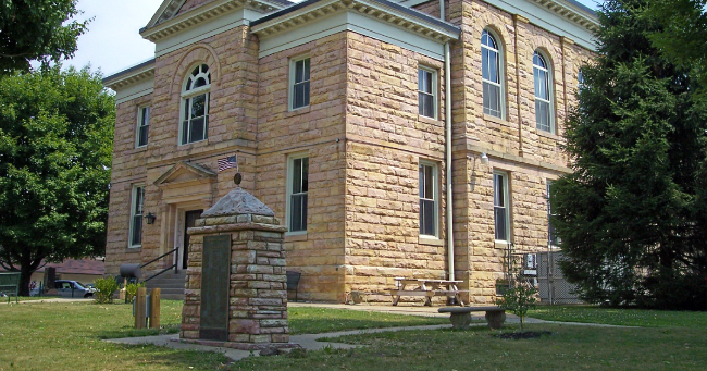 Nicholas Country Courthouse
